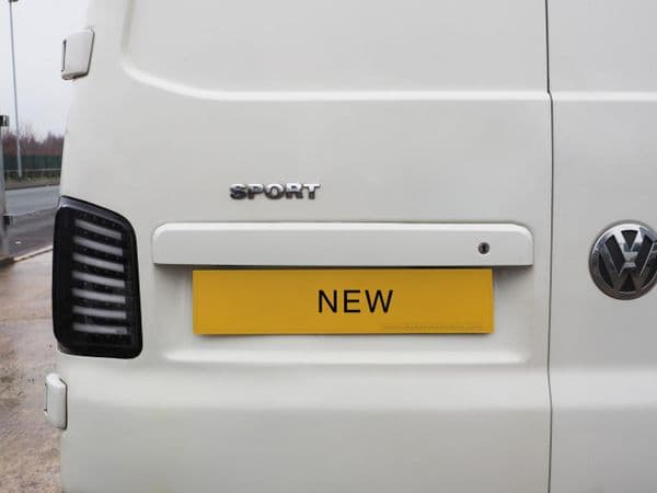 Van-X Number Plate Unit (Candy White) for Barn Door Transporter T5, T5.1 & T6