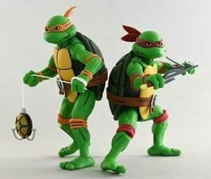 NECA TMNT '87 Michelangelo & Raphael 2-Pack (Teenage Mutant Ninja Turtles)