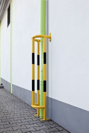 Vertical Pipe Protectors - Wall & Ground Fixing