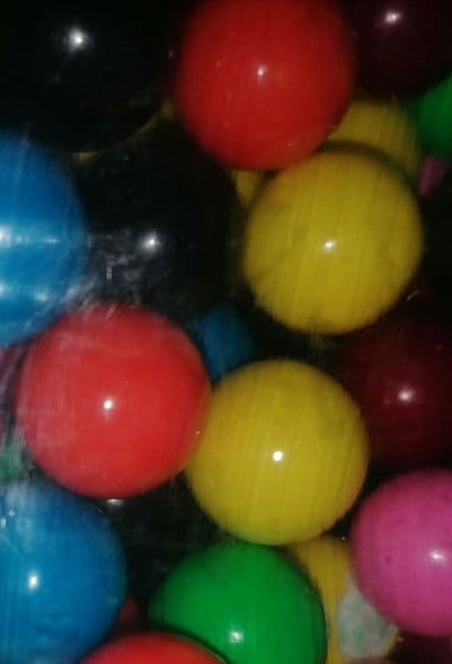 Walkers Small Coloured Gobstoppers
