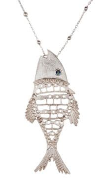 J01027 - Con Mi Go Fish Pendant Necklace - Silver