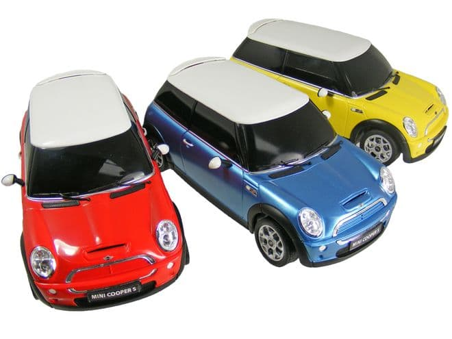 Mini Cooper radio controlled toy car 1-24 scale Rastar RC model vehicle FREE DELIVERY