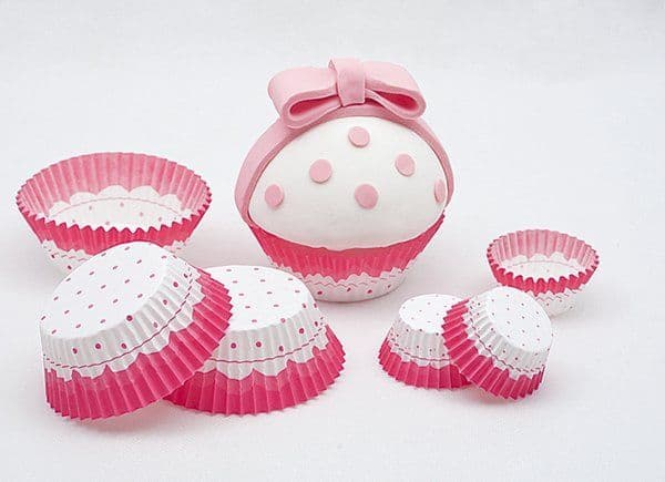 Cake Cups Pink & White