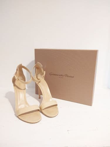 Gianvito Rossi Nude Heeled Sandals Size 38
