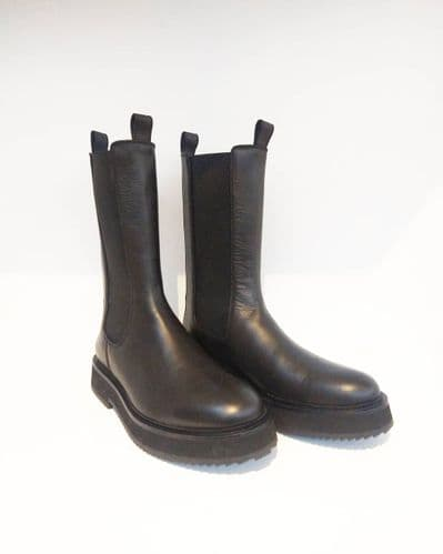 Joseph Women's Black Leather Mid Calf Chelsea Boots Size 38 #69/2337/A