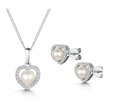 Freshwater Pearl and Diamond Heart Pendant & Earrings Set White Gold Certificate