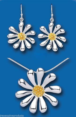 Sterling Silver Flower Set Pendant and Drop Earrings Statement Gold detail