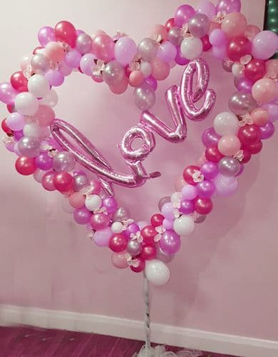 Balloons: 6ft Heart Feature balloon For Valentines Day