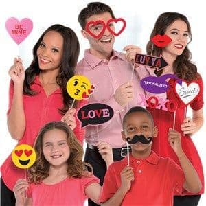 Photo Booth: Valentines Photo Props