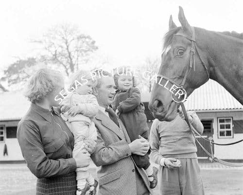 Vincent O'Brien (Irish Top Trainer) with family