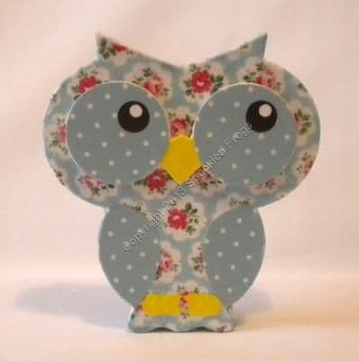 Free standing Wooden Floral Owl.