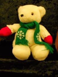 179839 / SMALL CUDDLY CHRISTMAS POLAR BEAR